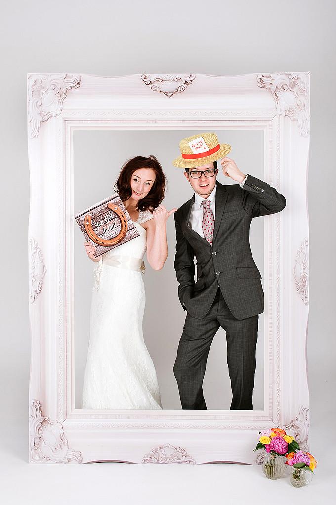 Scene Setter 146 White Darling Darcy Frame £195