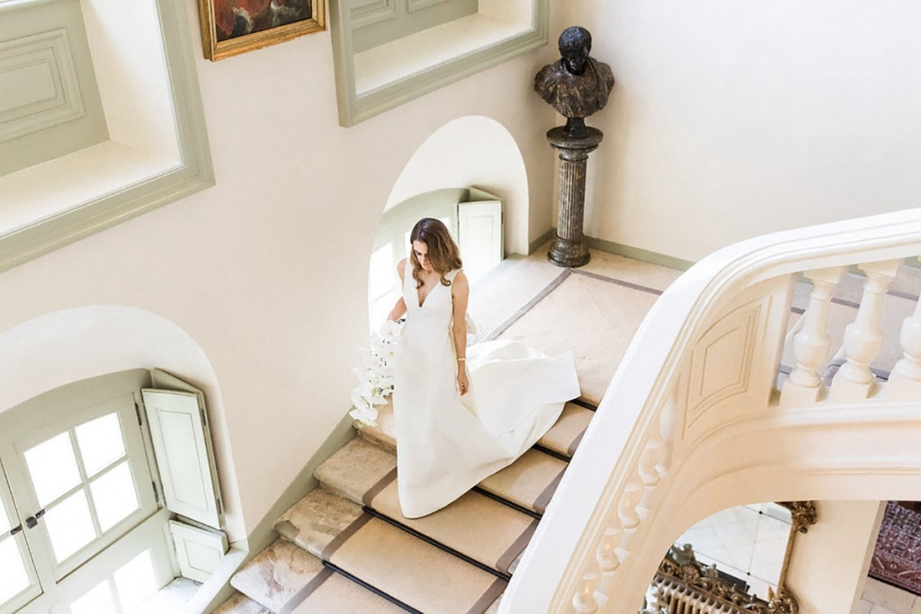 French Destination Wedding – Bride Stairs